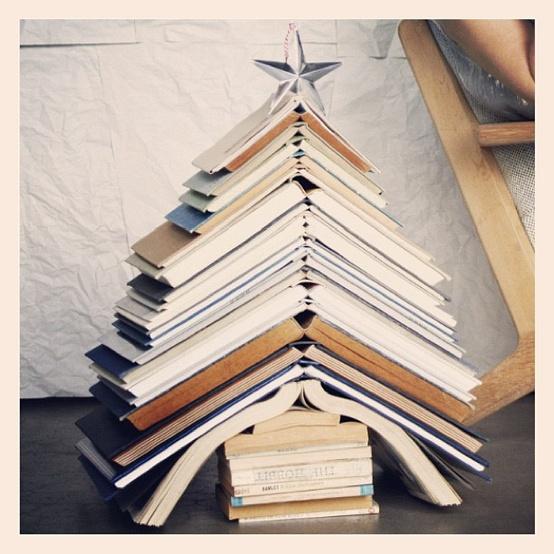 December 2012 rudy and the dodo - Arbol de navidad con libros ...